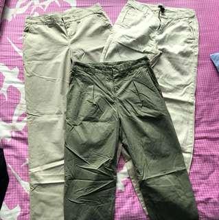 Khakia Pants