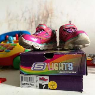 Skechers S Light