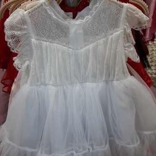 Dress bayi warna putih