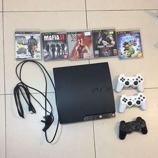 PS3 連3個手掣、hdmi線、叉手掣線、電線、5隻game(100% work)