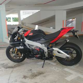 BIDS CLOSING SOON! Aprilia RSV4 Factory APRC 2011