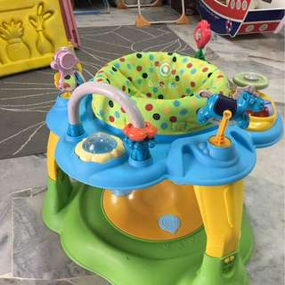 Exersaucer with music