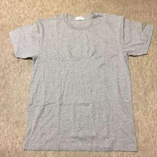 giordano grey tshirt