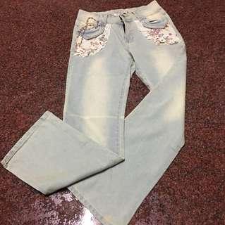 🚚 (二手 九成新)繡花系列牛仔褲