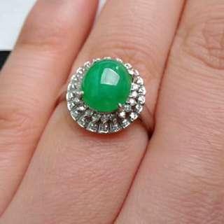 🏵️18K White Gold - Grade A 冰糯 Green Oval Cabochon Jadeite Jade Ring🎍