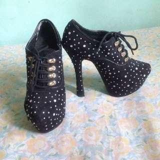 High heels 💕