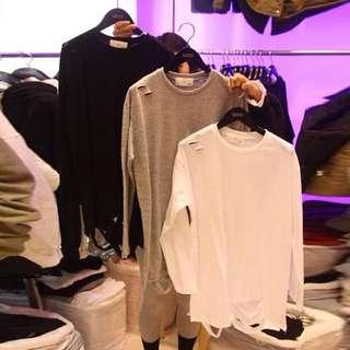 🚚 韓版個性女裝棉質薄款破洞抓破寬鬆長版圓領上衣T恤