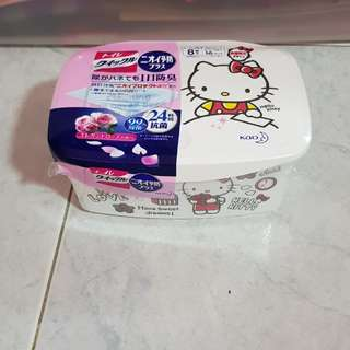 Hello kitty wet tissue box