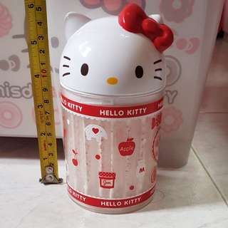 Hello kitty cotton bud container