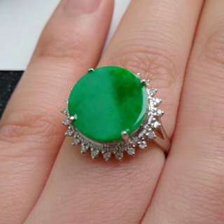 🍍18K White Gold - Grade A Spicy Green Coin/平安扣 Jadeite Jade Ring🎍