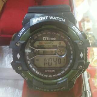 jam tangan gaya