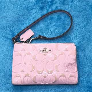 Coach F65752 Wristlet Corner Zip Pink Embossed Patent Leather