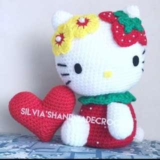 💕  Crochet Strawberry Hello Kitty