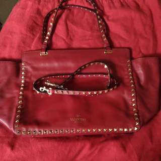 VALENTINO ROCKSTUD TOTE BAG MEDIUM
