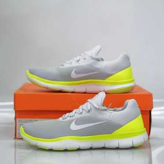 Nike Free Trainer V7 Pure Platinum White Sail Off White