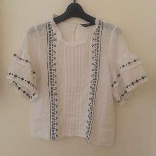 Zara flared w/ embroidery