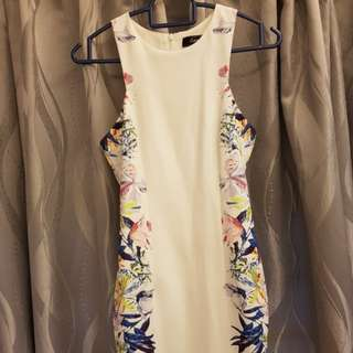 Lara'J floral bodycon dress