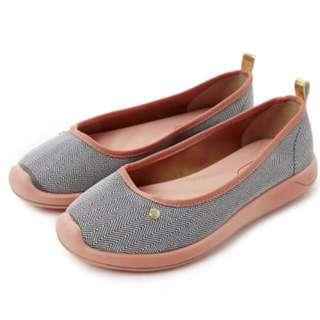 🚚 Grendha 巴西鞋 巴西尺寸35,36 ,37(運動風舒適波浪紋樂福鞋-灰/橘色)