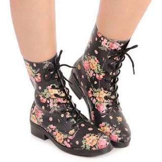 Brand New Moleca Floral boota