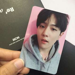 iKON : RETURN ALBUM - Donghyuk selfie card with words