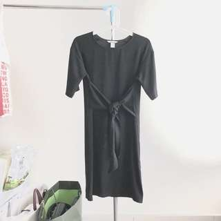 H&M Tied Knot Dress