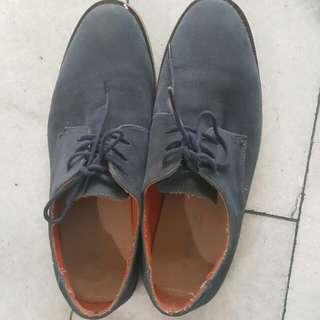 Sepatu Pantofel Footin size 41