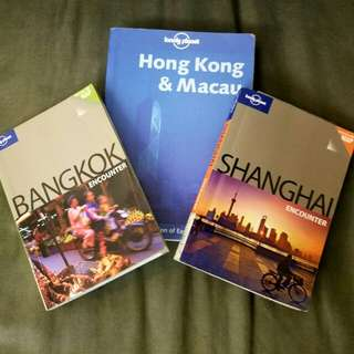 English Travel Books - Set of 3!