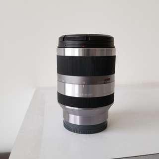 Sony 18-200mm lens ( e- mount )
