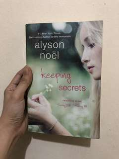 Keeping Secrets by Alyson Noel
