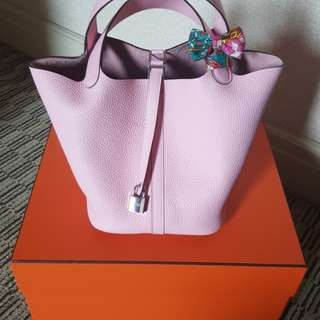 Hermes Picotin 22 in Rose Sakura