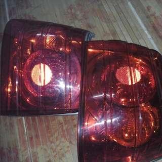 lampu belakang iswara