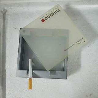 Dunhill ash-ray