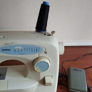 Sewing machine ( Brother)