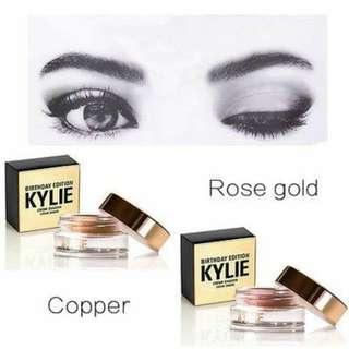 Kylie Birthday Edition creme Eyeshadow