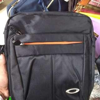 Oakley sling bag