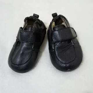 Pitter Pat Black Shoes