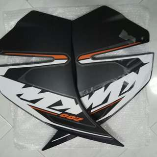 Rc 200 fairing with decals