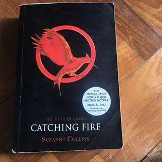 The Hunger Games-Catching Fire -Book 2