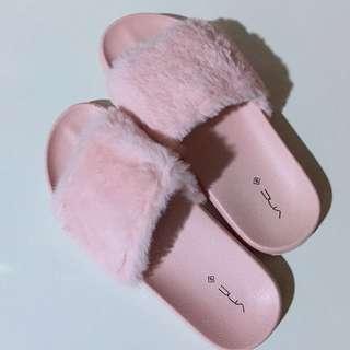 Sandal bulu vnc (FREE ONGKIR SURABAYA)