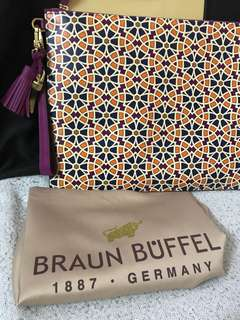 Braun Buffel Women Clutch