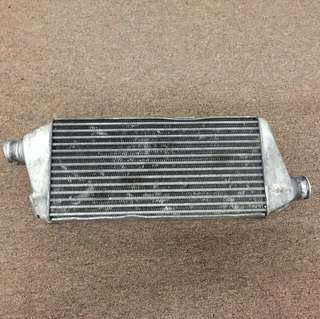 Intercooler RVR...condition halfcut