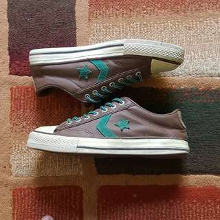 Converse size 38.5 fit 39