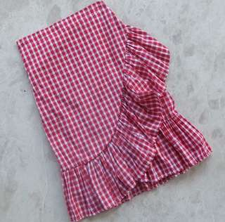 Red gingham skirt, used once