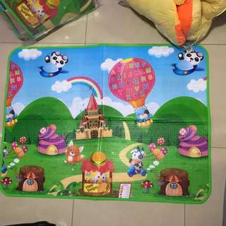 To bless: Brand new playmat 120cm x 90cm (QTY: 2)