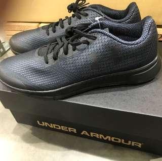 Under armor 男運動鞋