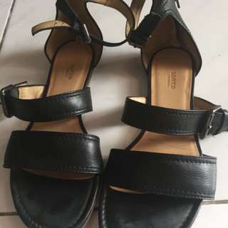 Lloyd sandal