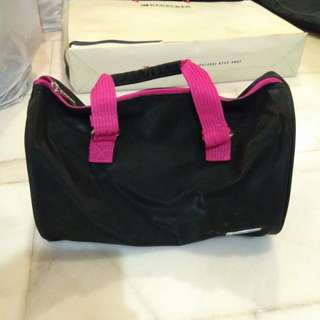 Skechers hangbag
