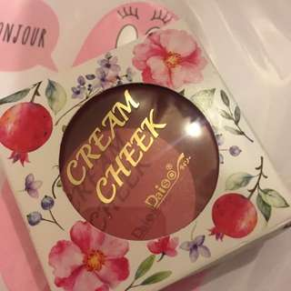 Daiso cream cheek rose胭脂