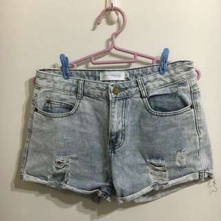 鐵灰破壞短褲