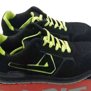 Aimont Safety Shoes size 9 US